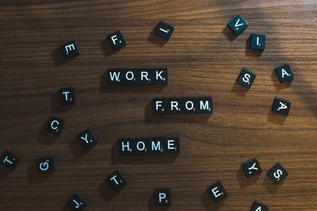 العمل من المنزل مكونة من سكرابلس